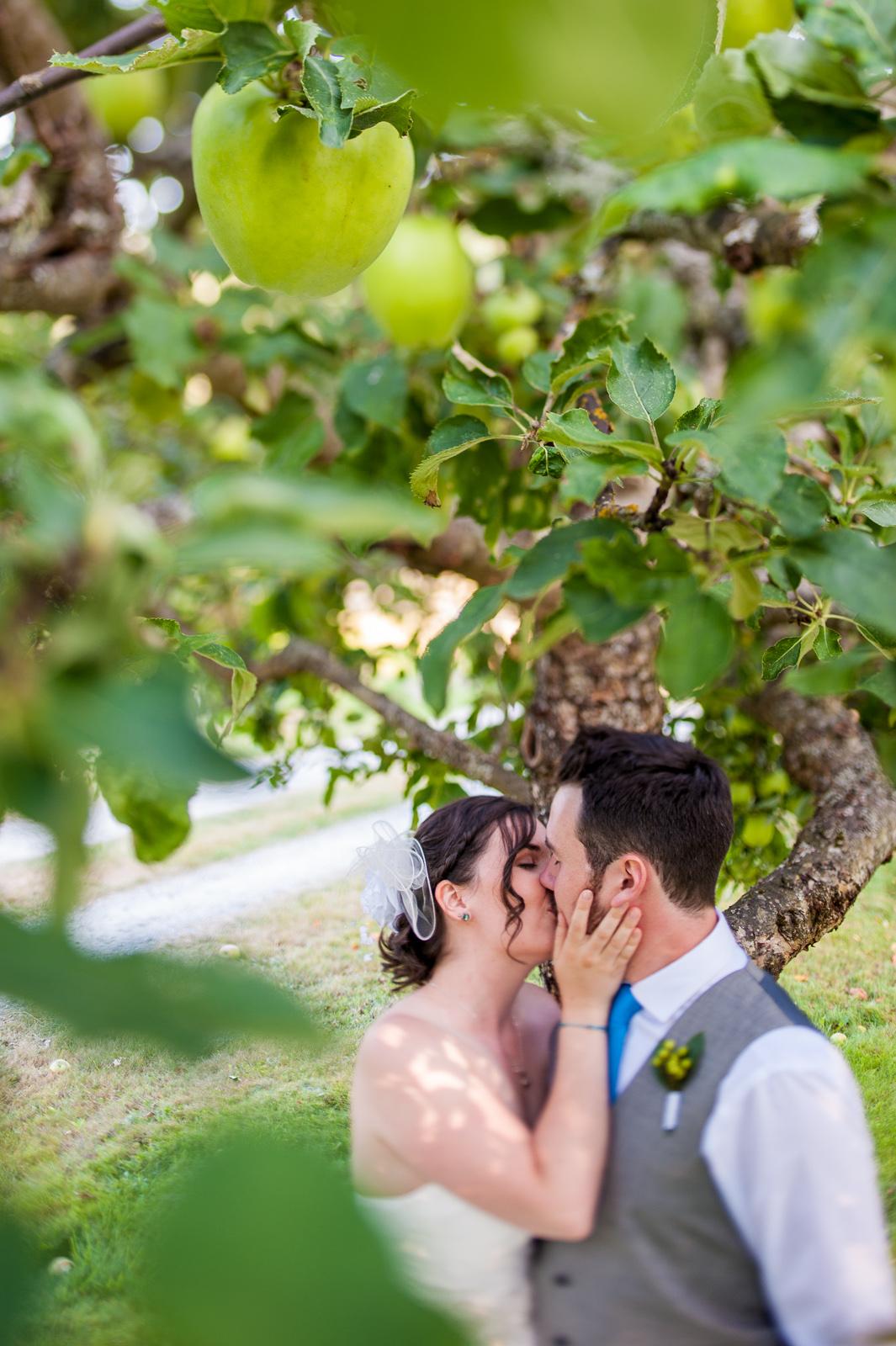 vancouver-island-wedding-photographers-saltspring-island-wedding-66.jpg