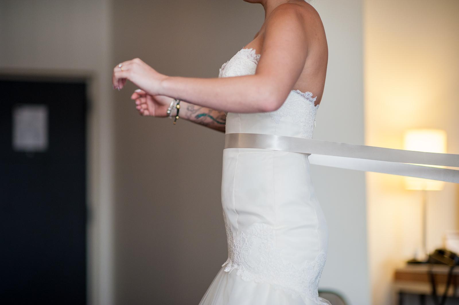 victoria-wedding-photographers-science-world-wedding-telus-world-of-science-wedding-13.jpg