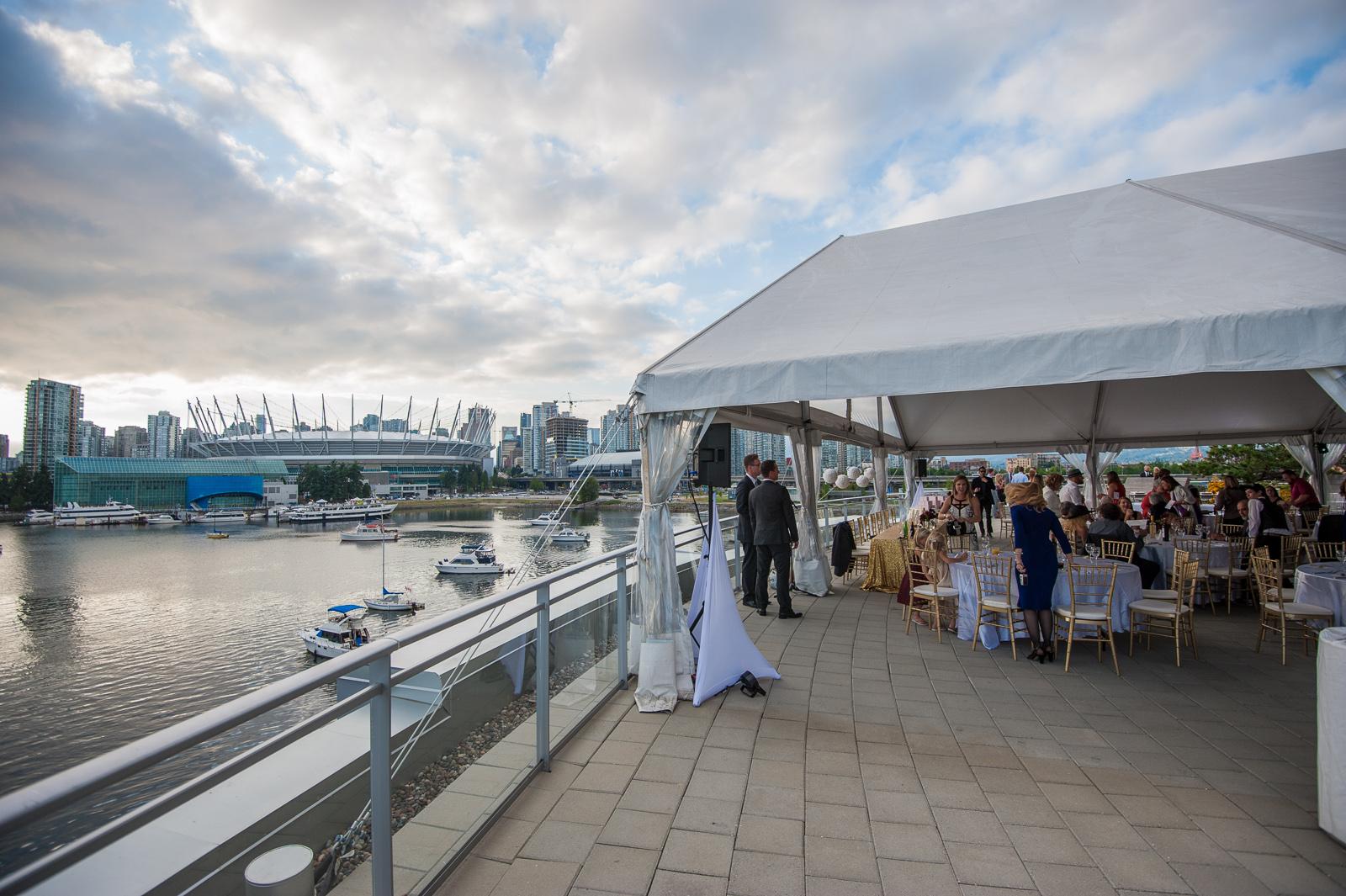victoria-wedding-photographers-science-world-wedding-telus-world-of-science-wedding-47.jpg