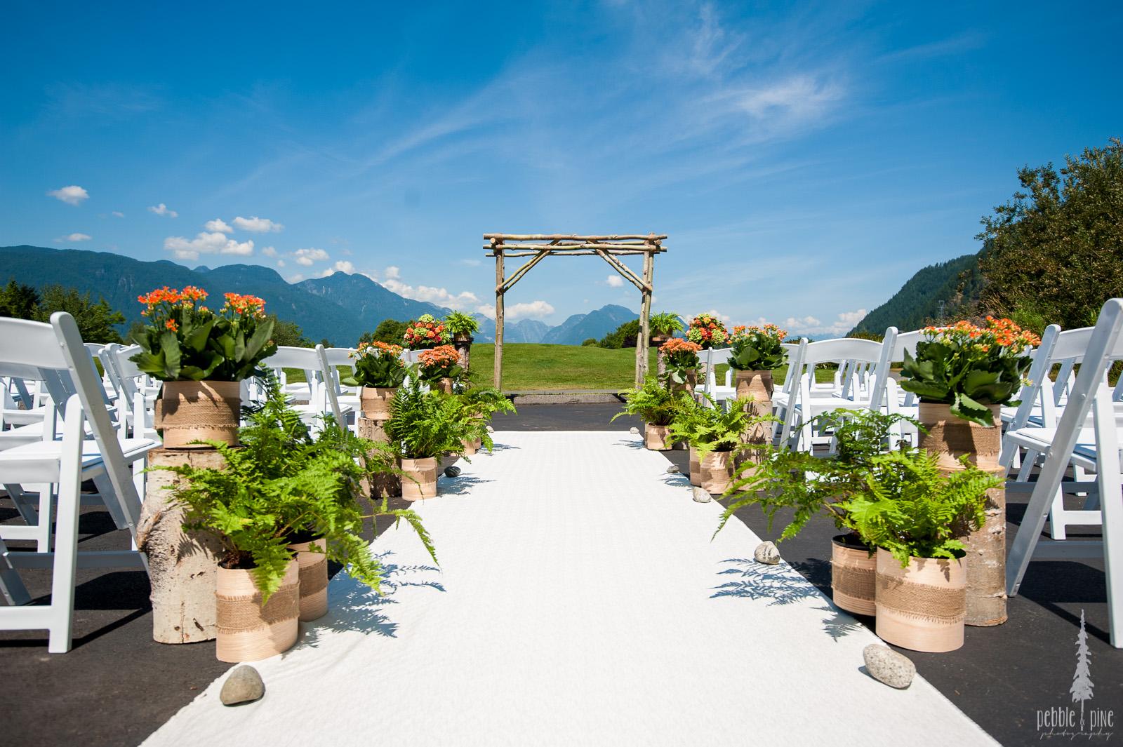 vancouver-island-wedding-photographers-golden-eagle-golf-course-wedding-mountaintop-wedding-03.jpg