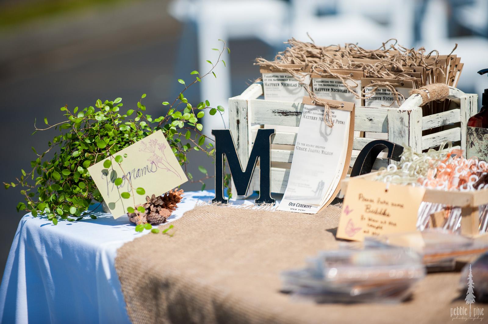 vancouver-island-wedding-photographers-golden-eagle-golf-course-wedding-mountaintop-wedding-04.jpg