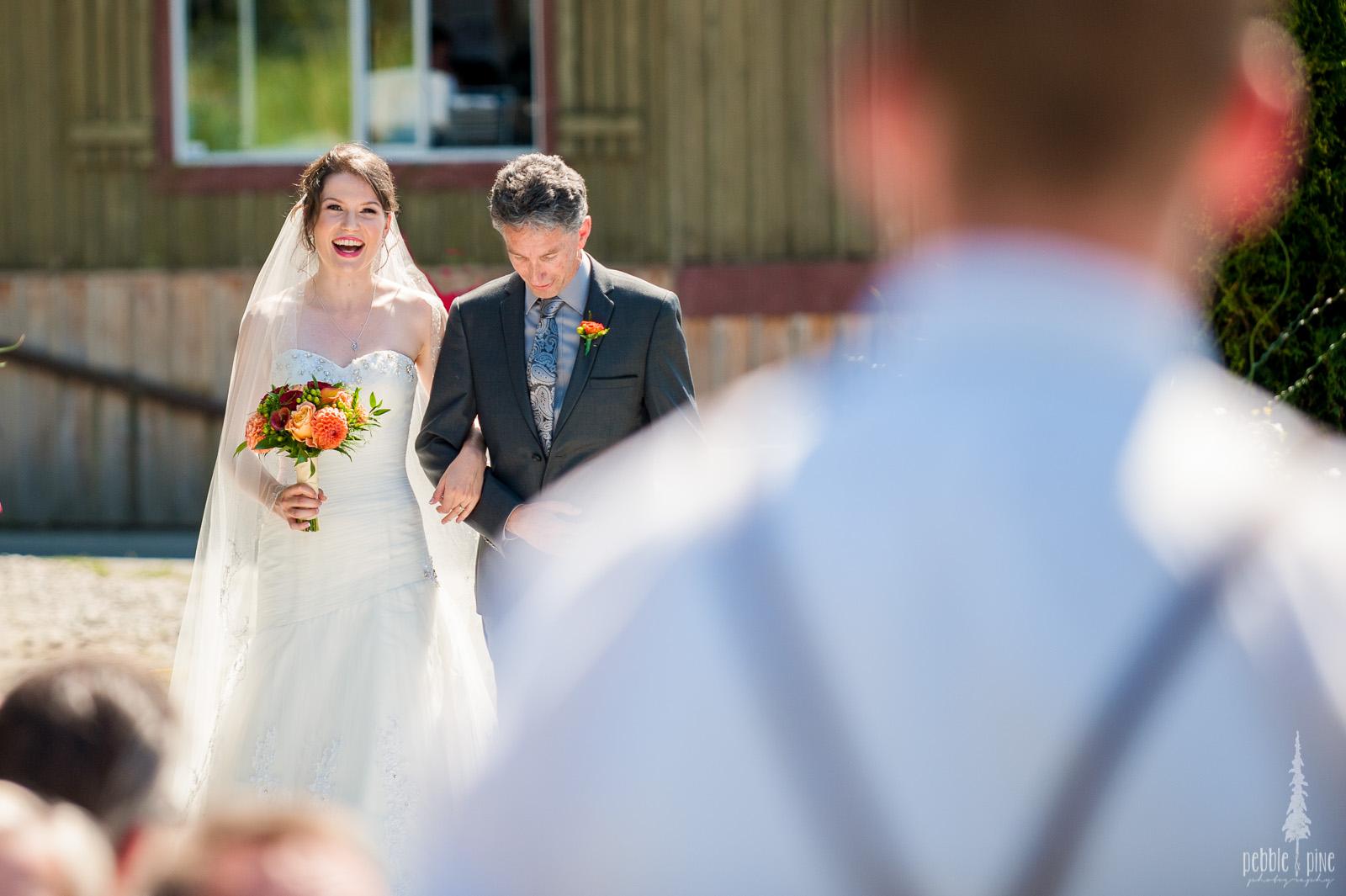 vancouver-island-wedding-photographers-golden-eagle-golf-course-wedding-mountaintop-wedding-13.jpg