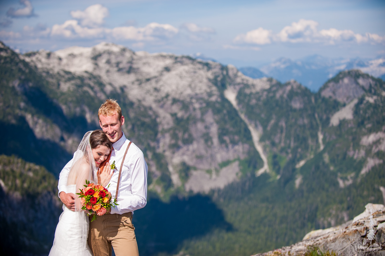 vancouver-island-wedding-photographers-golden-eagle-golf-course-wedding-mountaintop-wedding-34.jpg