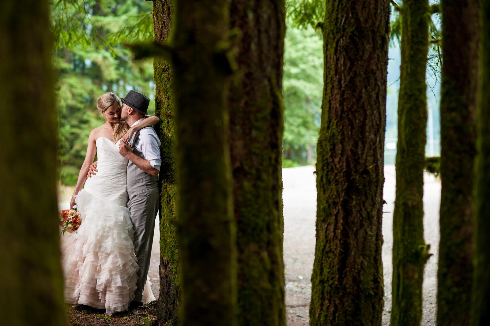 bc-wedding-photographers-cleveland-dam-wedding-19.jpg