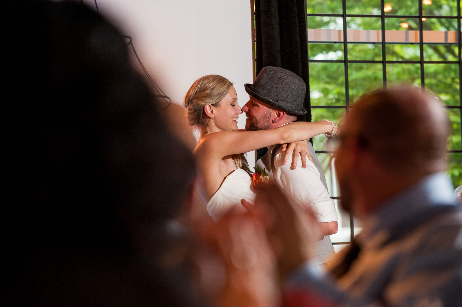 bc-wedding-photographers-cleveland-dam-wedding-26.jpg
