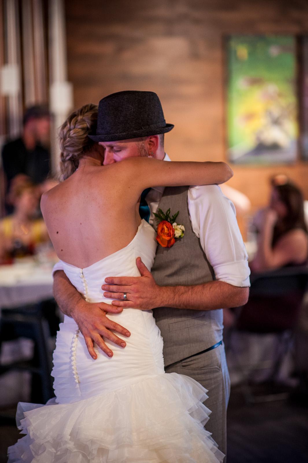 bc-wedding-photographers-cleveland-dam-wedding-31.jpg