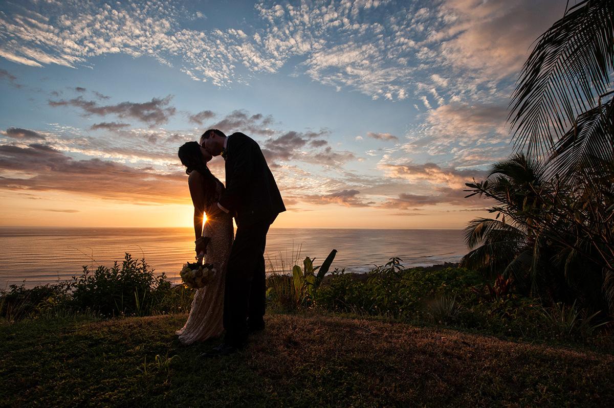 destination-wedding-photographers-march-house-malpais-costa-rica-wedding-97.jpg