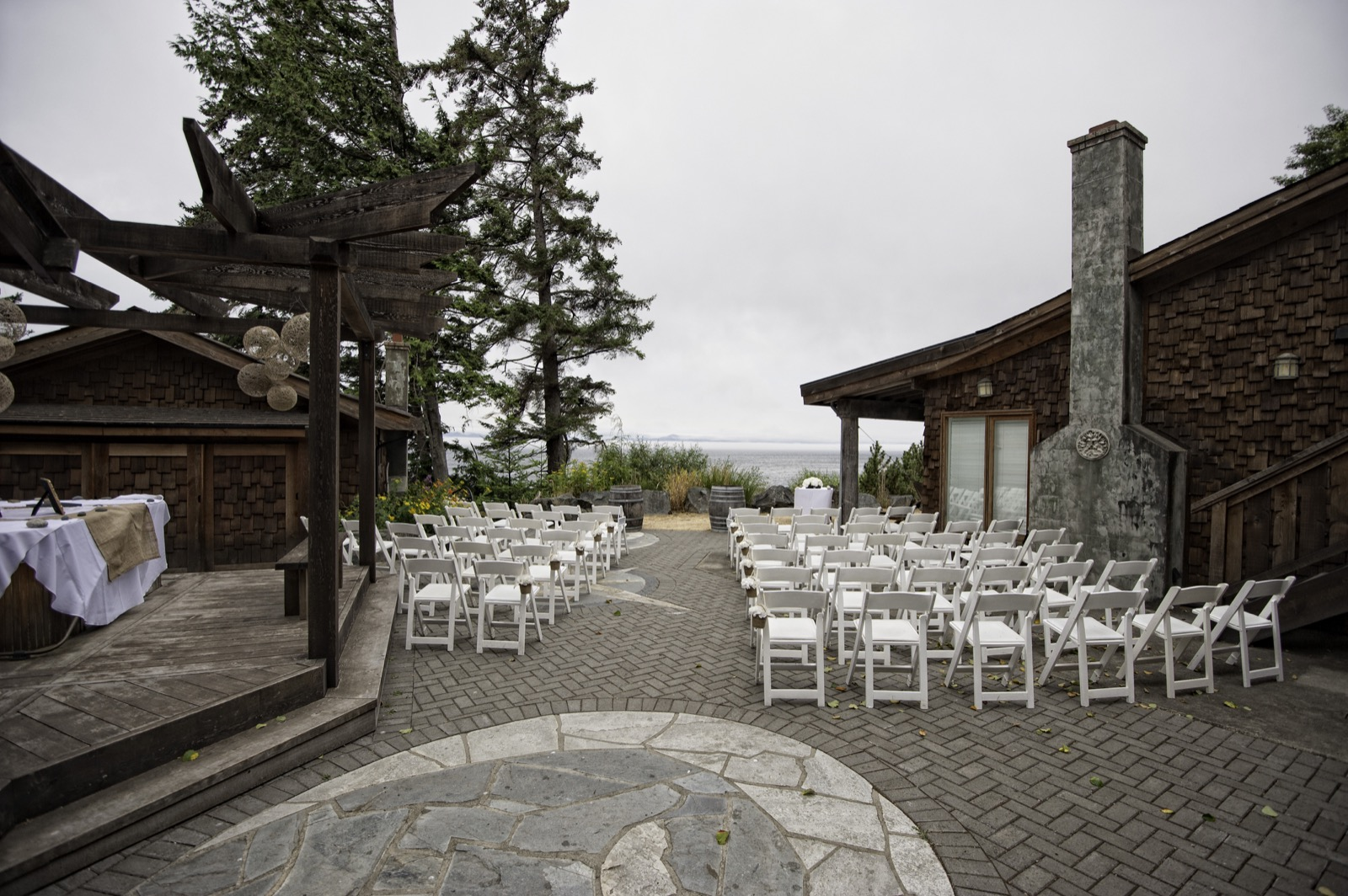 sooke-wedding-photographers-craidelonna-oceanedge-lodge-wedding-19.jpg