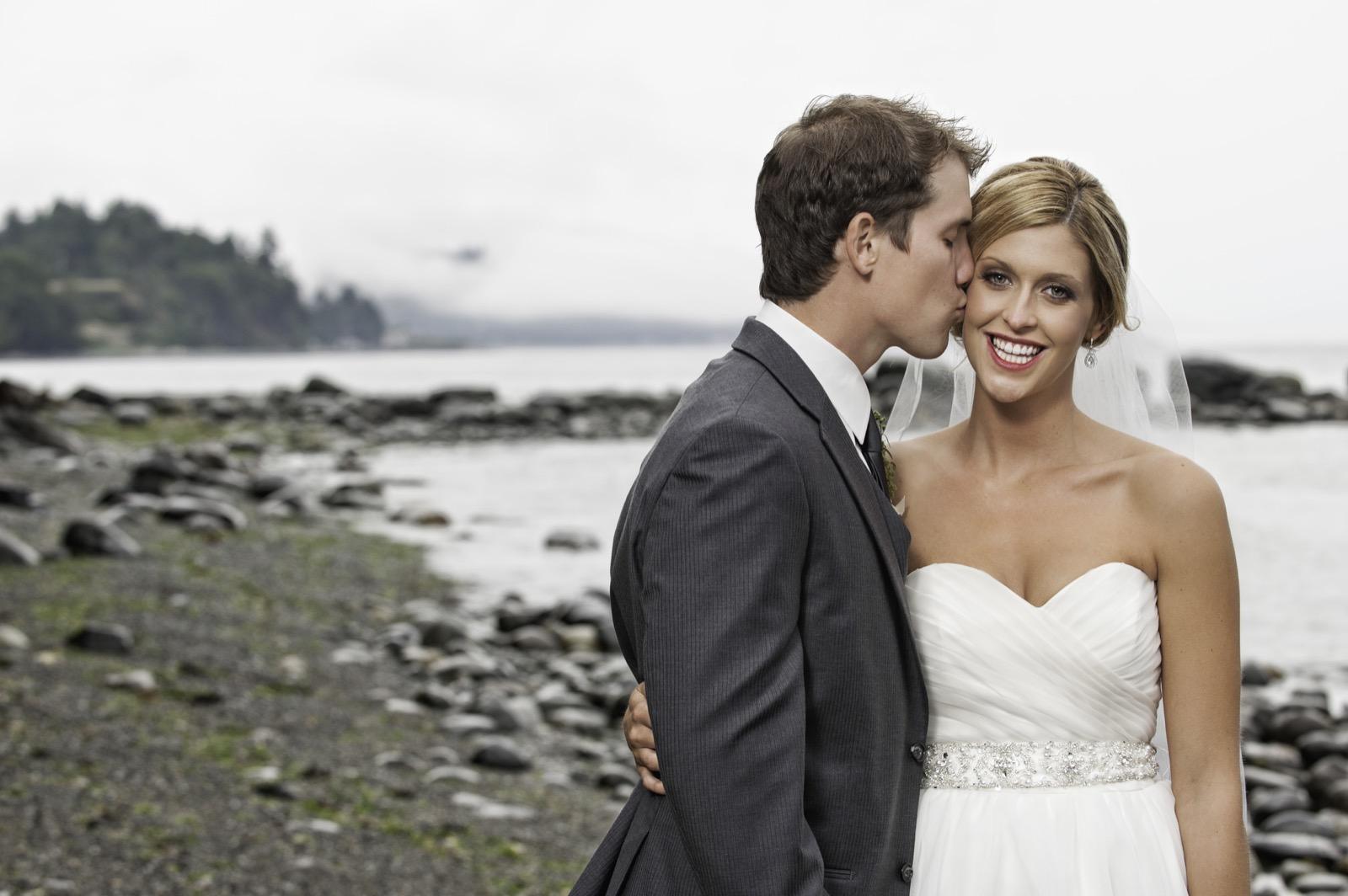 sooke-wedding-photographers-craidelonna-oceanedge-lodge-wedding-66.jpg