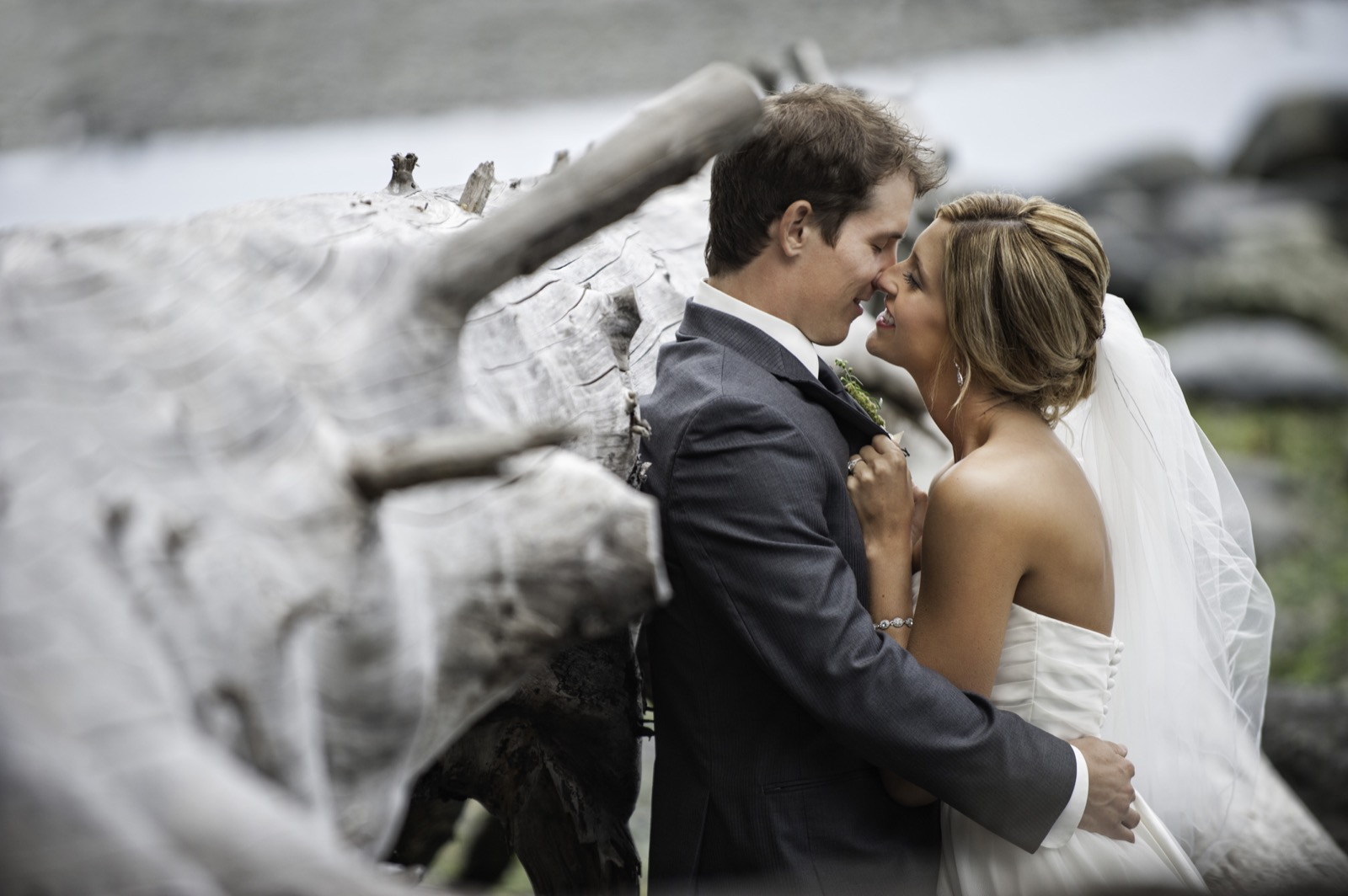 sooke-wedding-photographers-craidelonna-oceanedge-lodge-wedding-74.jpg