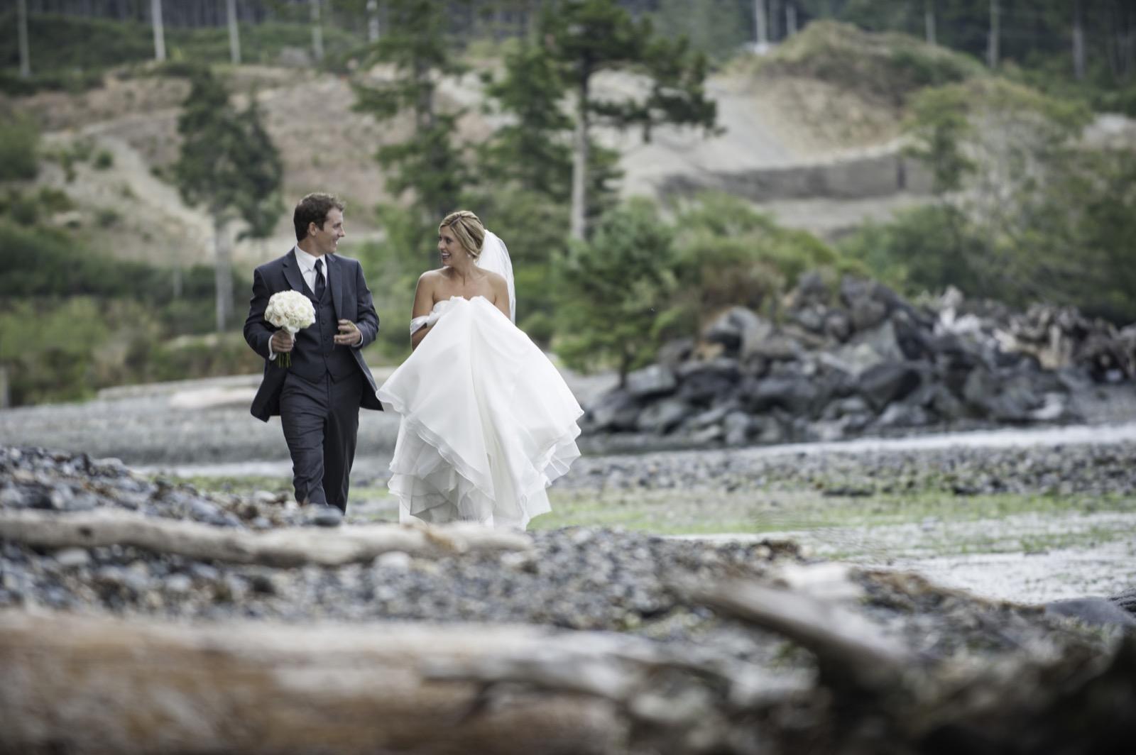 sooke-wedding-photographers-craidelonna-oceanedge-lodge-wedding-78.jpg
