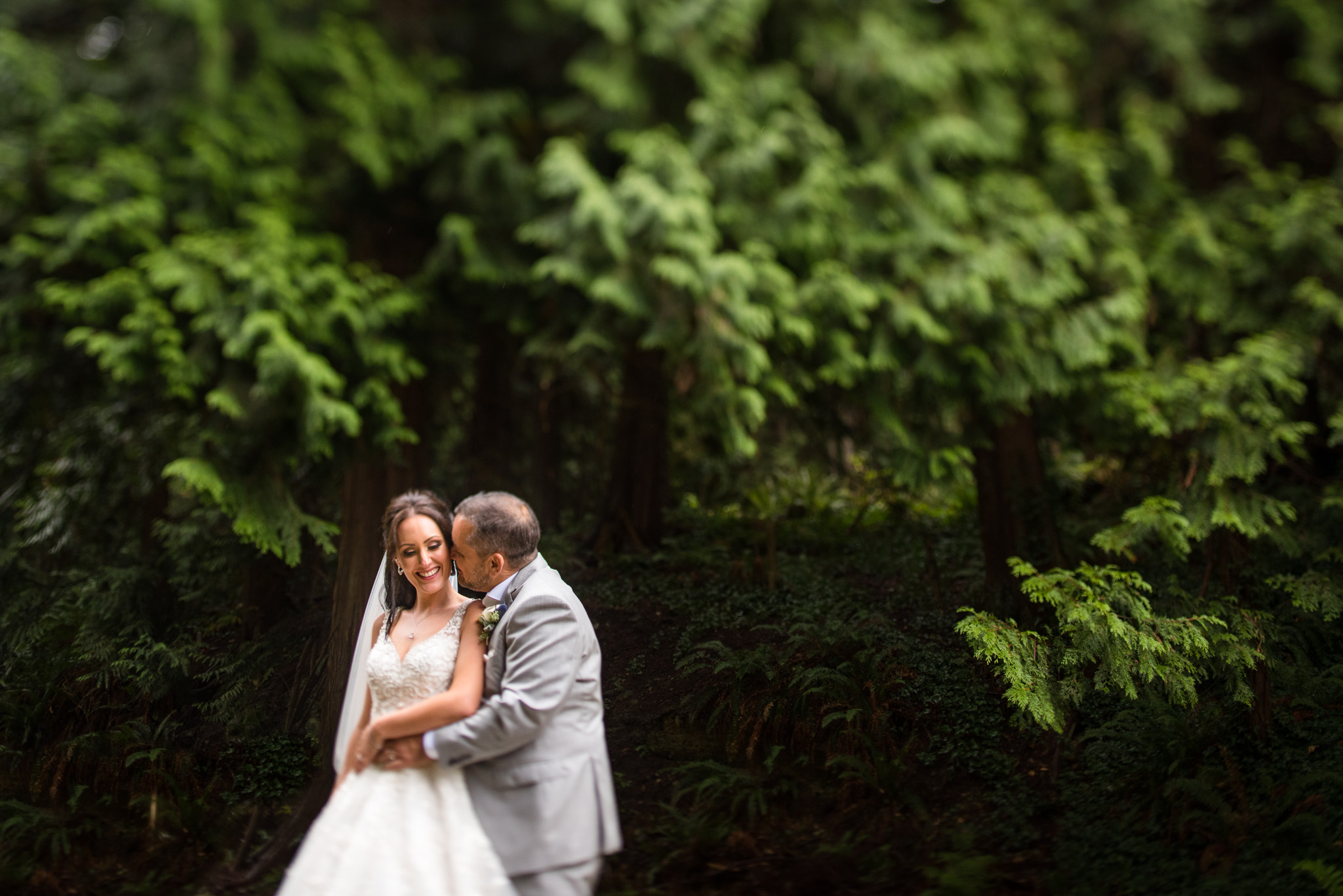 linwood-house-wedding-roberts-creek-sunshine-coast-wedding-photographers-25.jpg