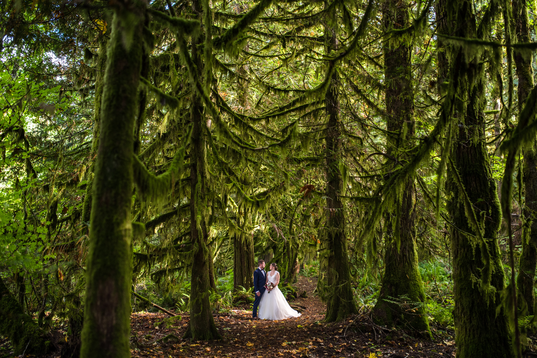 cheakamus-centre-wedding-squamish-victoria-wedding-photographers-28.jpg