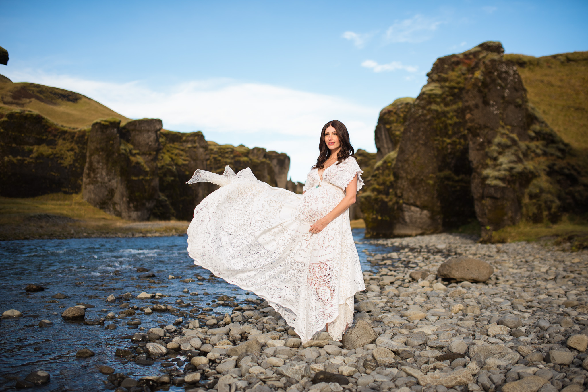 victoria-wedding-photographers-iceland-maternity-photos-1.jpg
