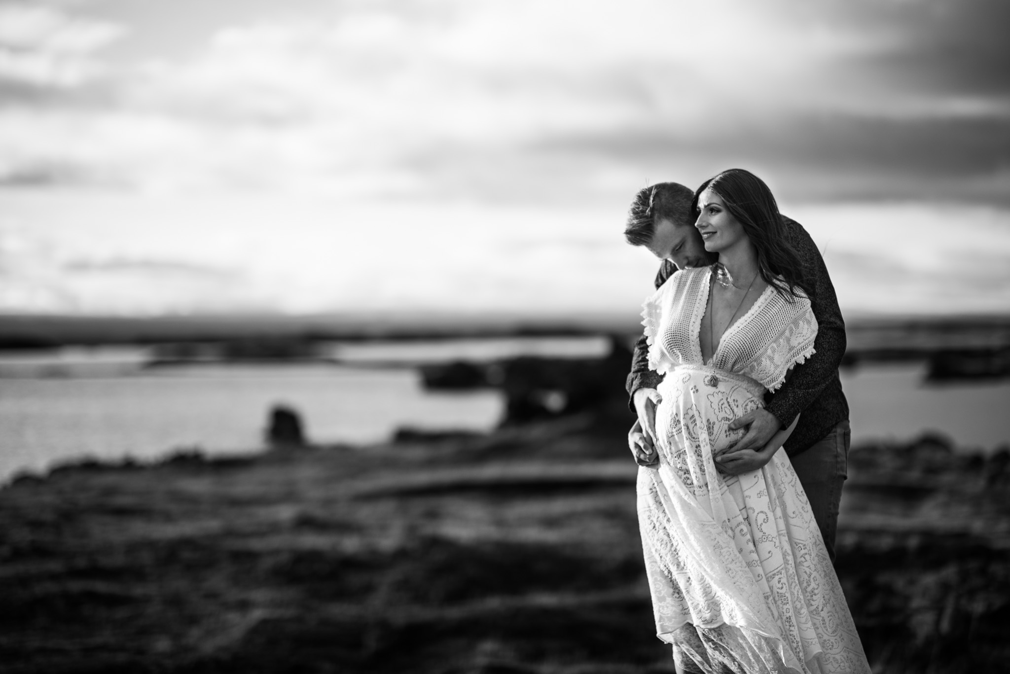 victoria-wedding-photographers-iceland-maternity-photos-18.jpg