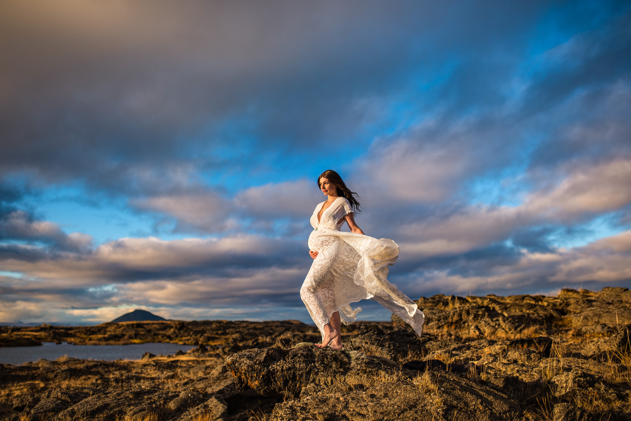 victoria-wedding-photographers-iceland-maternity-photos-17.jpg