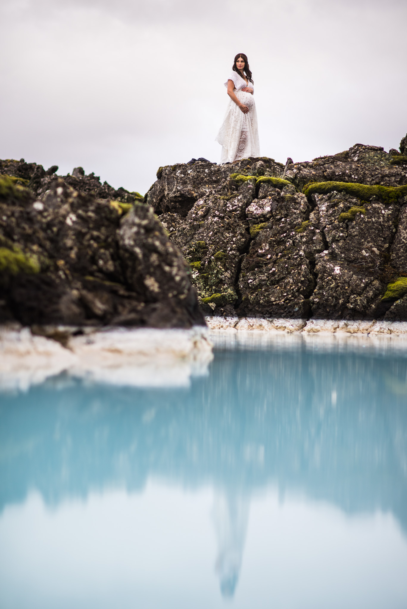 victoria-wedding-photographers-iceland-maternity-photos-26.jpg