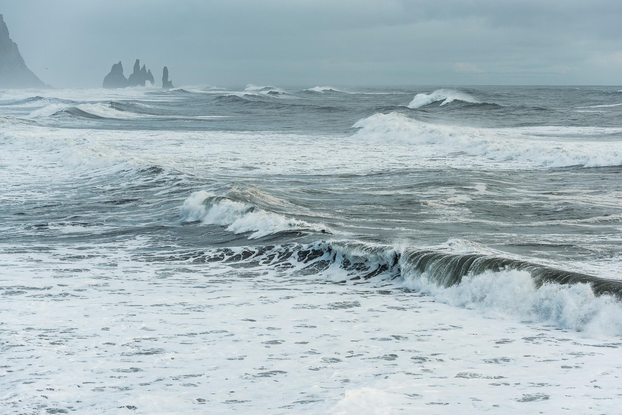 iceland-elopement-photographers-victoria-wedding-photographers-travel-iceland-29.jpg