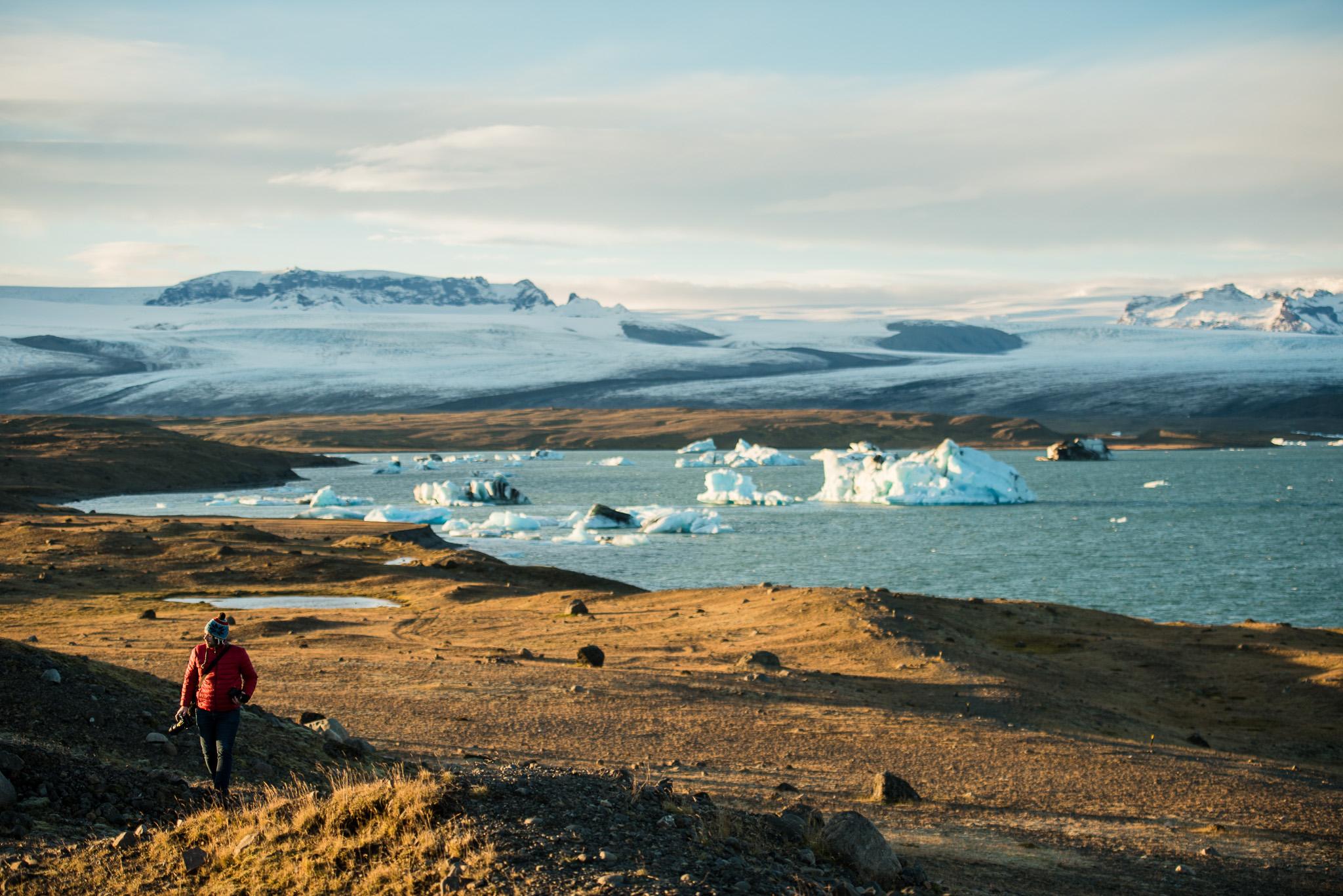 iceland-elopement-photographers-victoria-wedding-photographers-travel-iceland-42.jpg