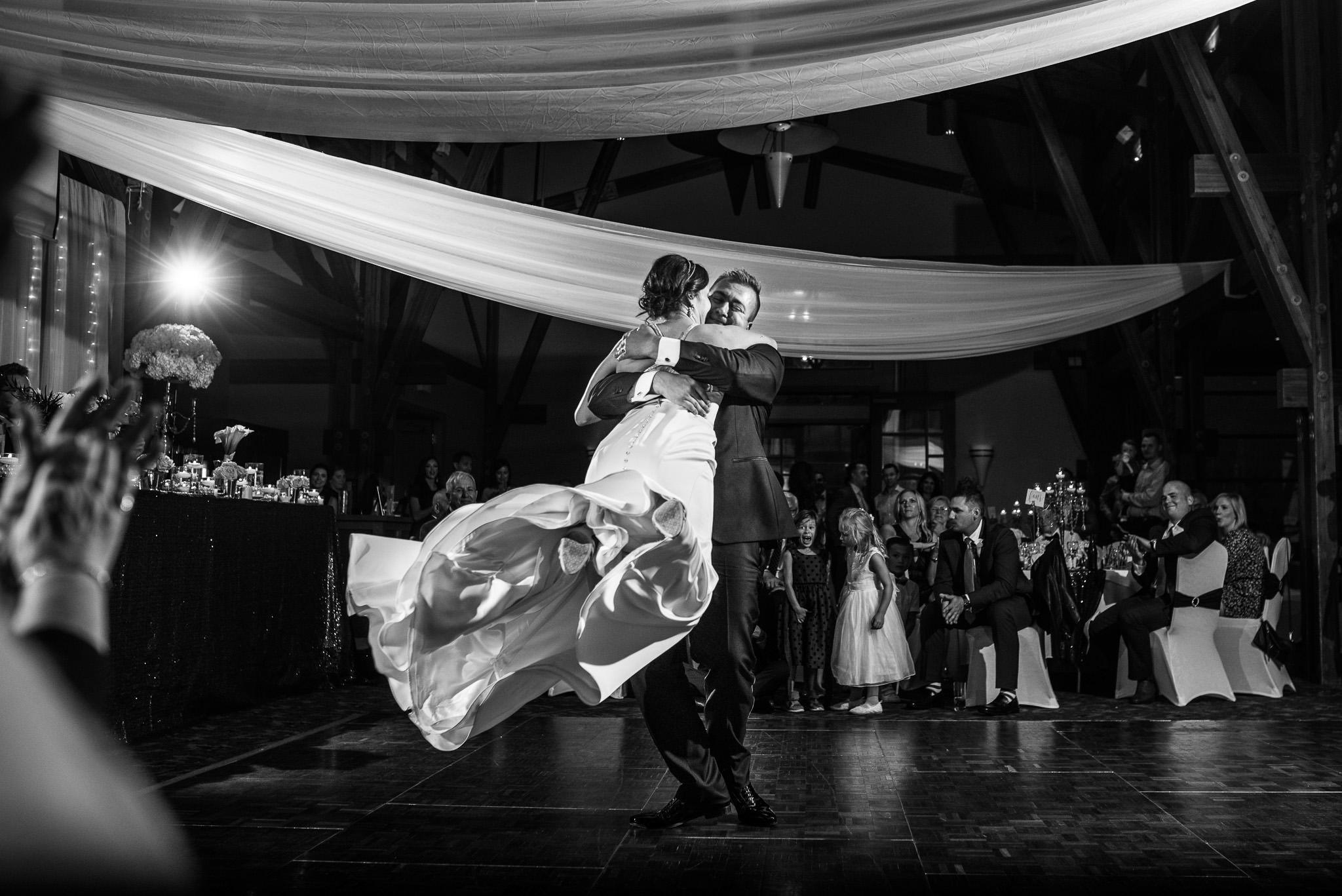 victoria-wedding-photographers-19.jpg