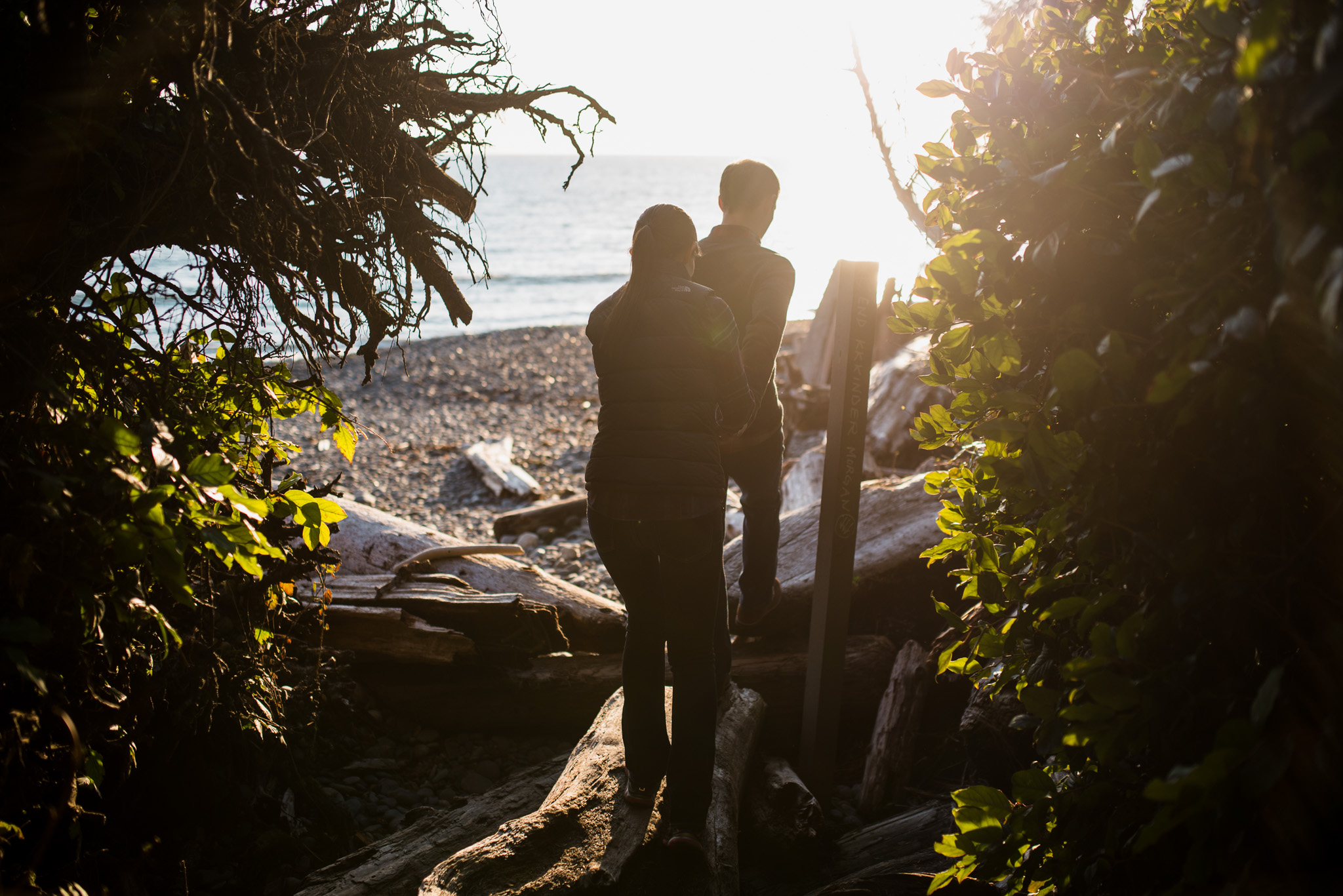 victoria-wedding-photographer-sandcut-beach-engagement-2.jpg