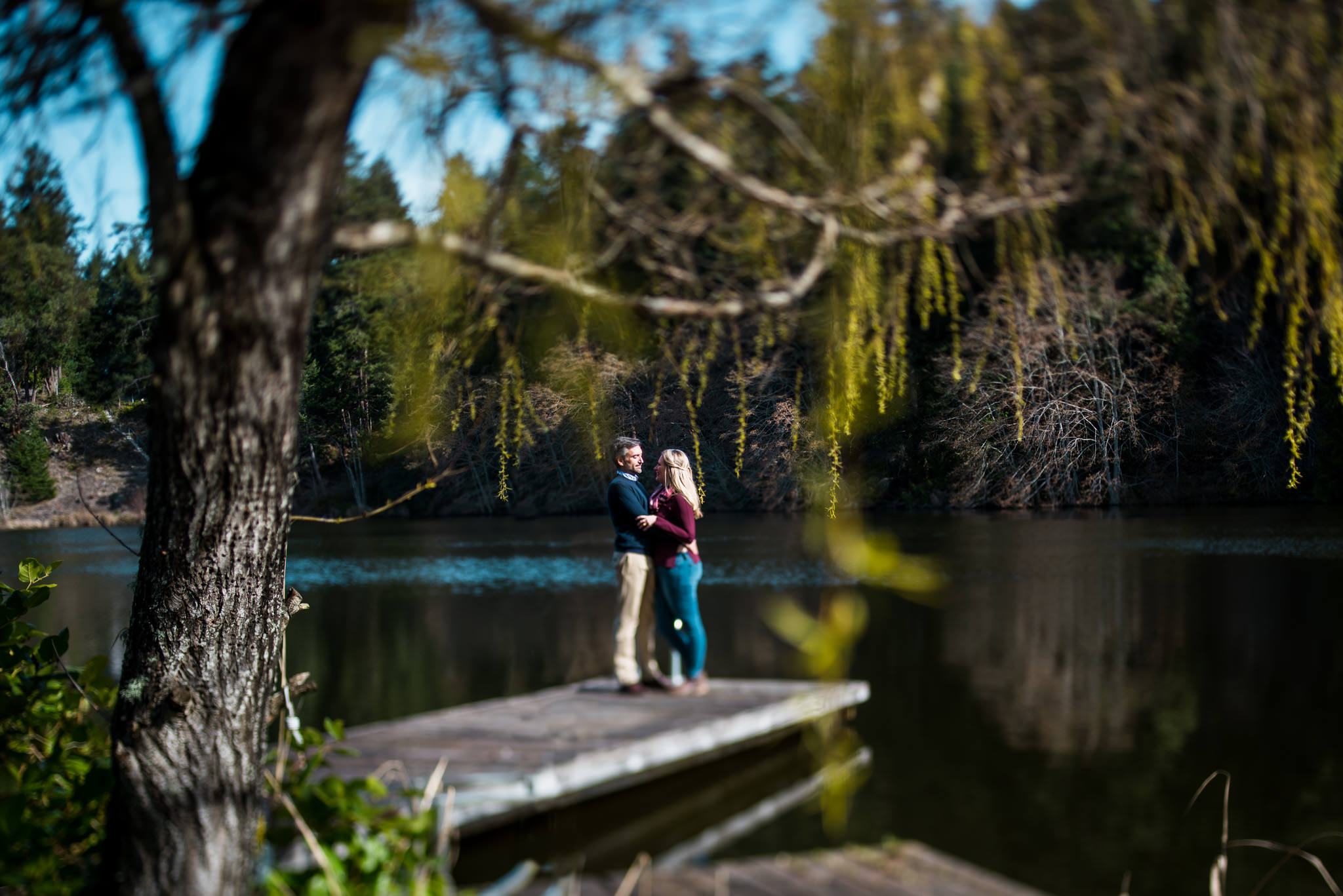 victoria-wedding-photographers-pender-island-engagement-photos-2.jpg