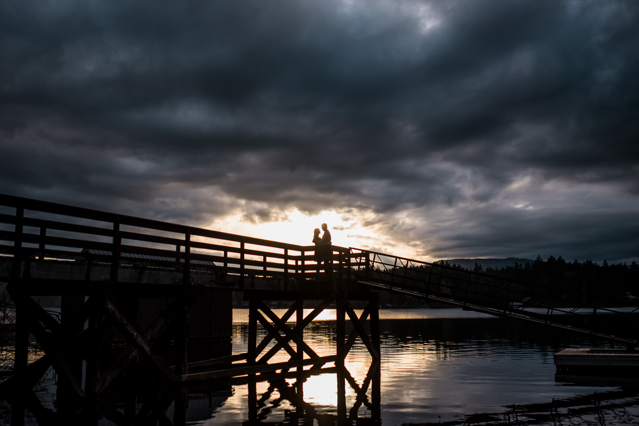 victoria-wedding-photographers-shawnigan-lake-engagement-15.jpg