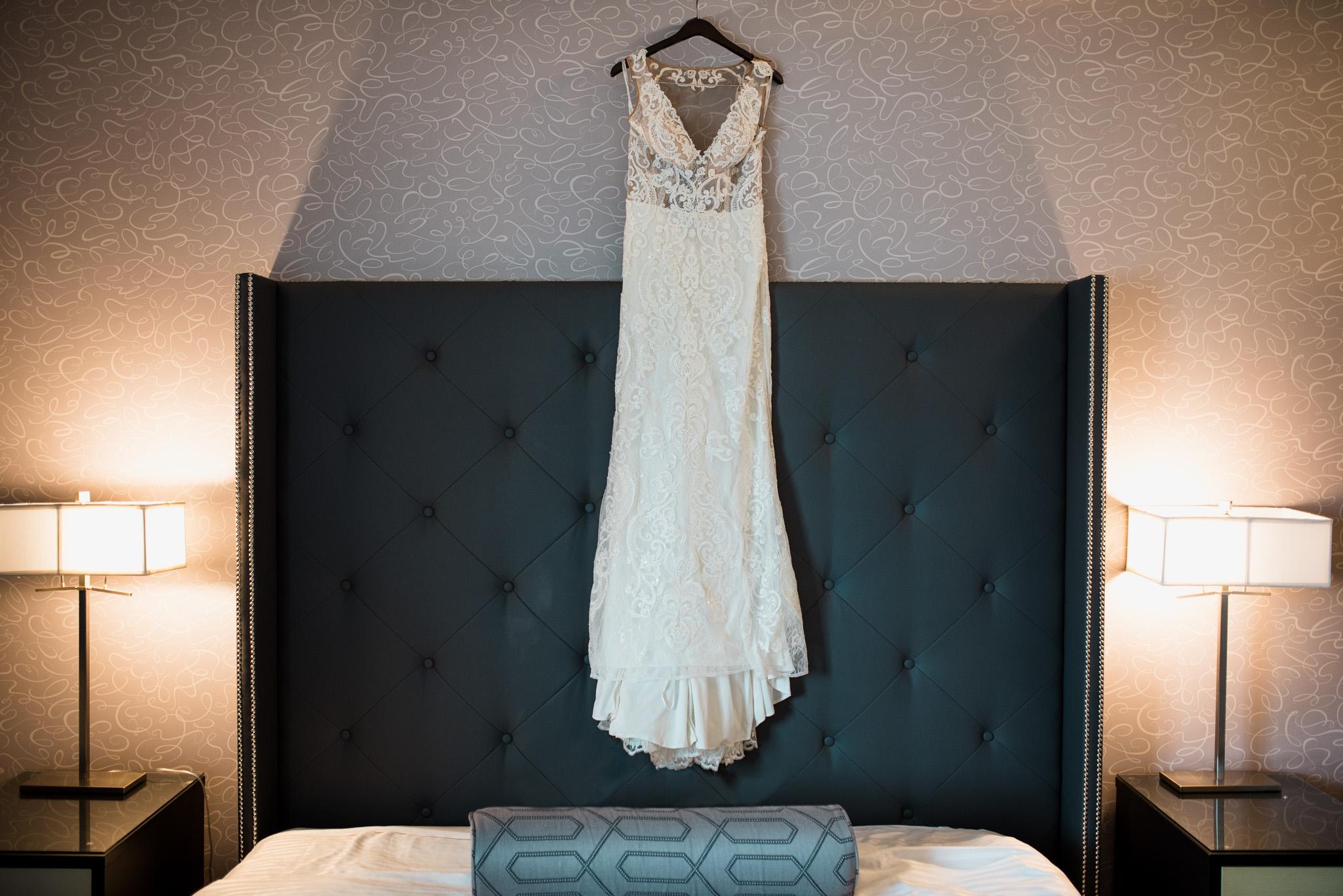 victoria-wedding-photographers-prestige-oceanfront-resort-wedding-10.jpg