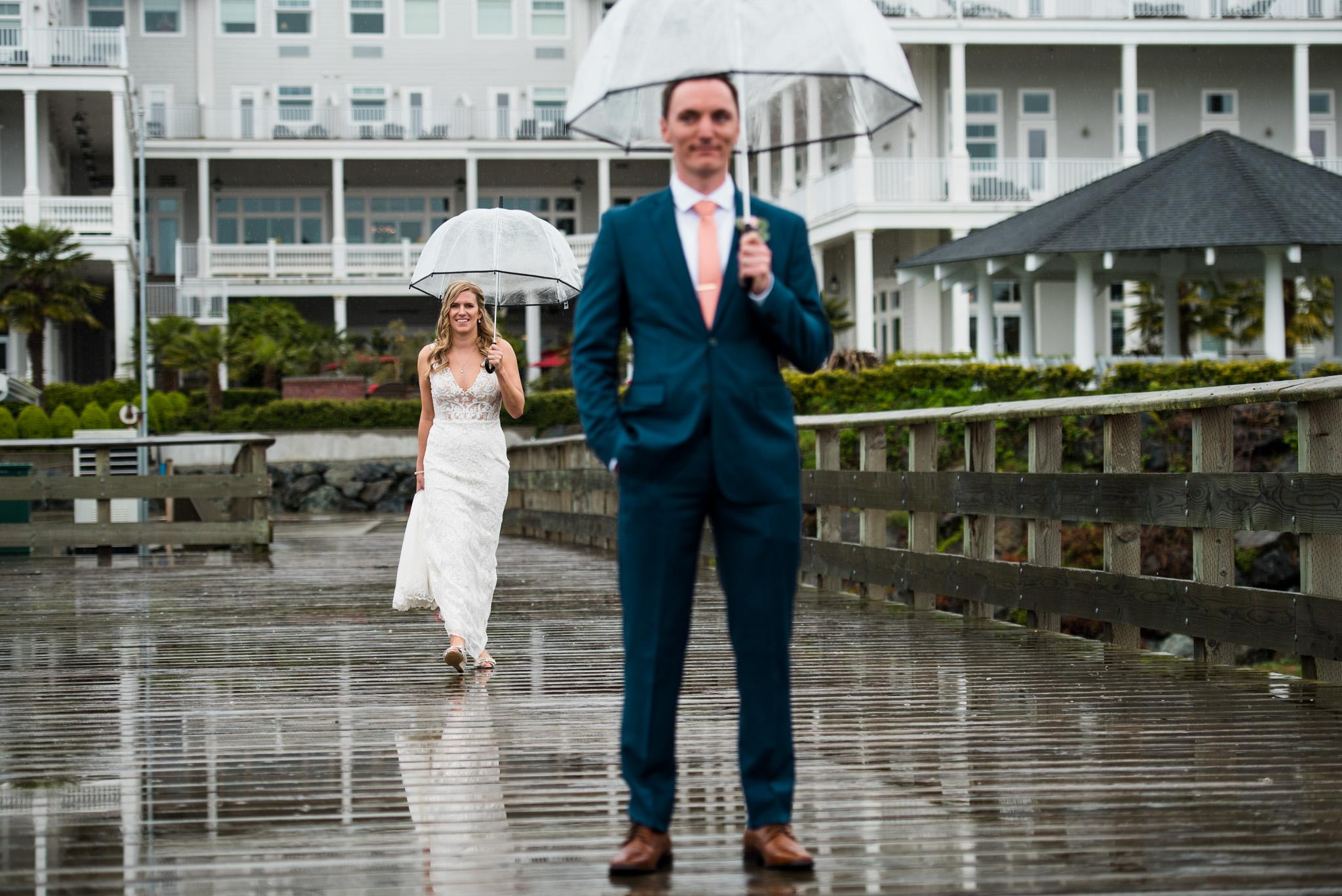 victoria-wedding-photographers-prestige-oceanfront-resort-wedding-15.jpg