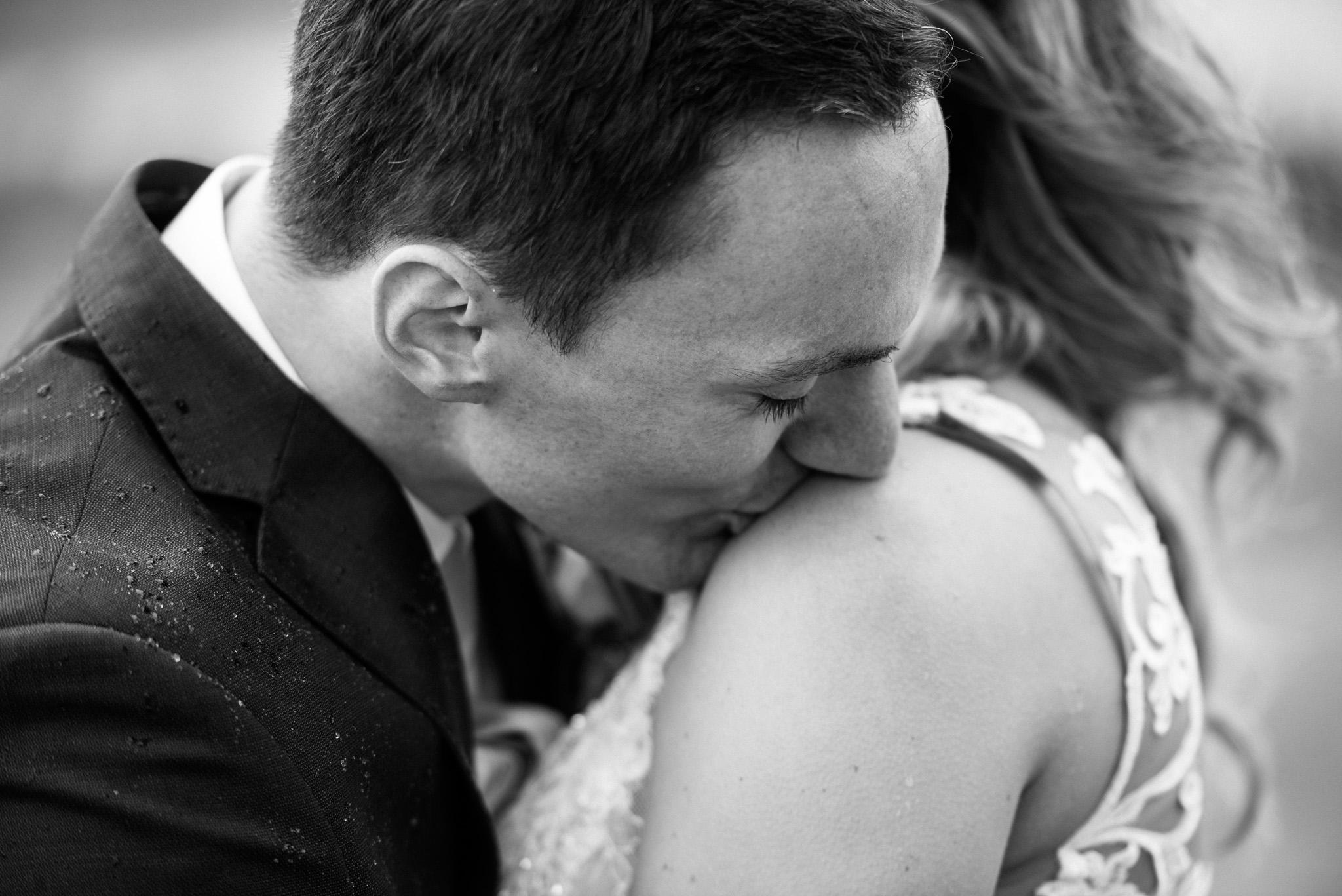 victoria-wedding-photographers-prestige-oceanfront-resort-wedding-21.jpg