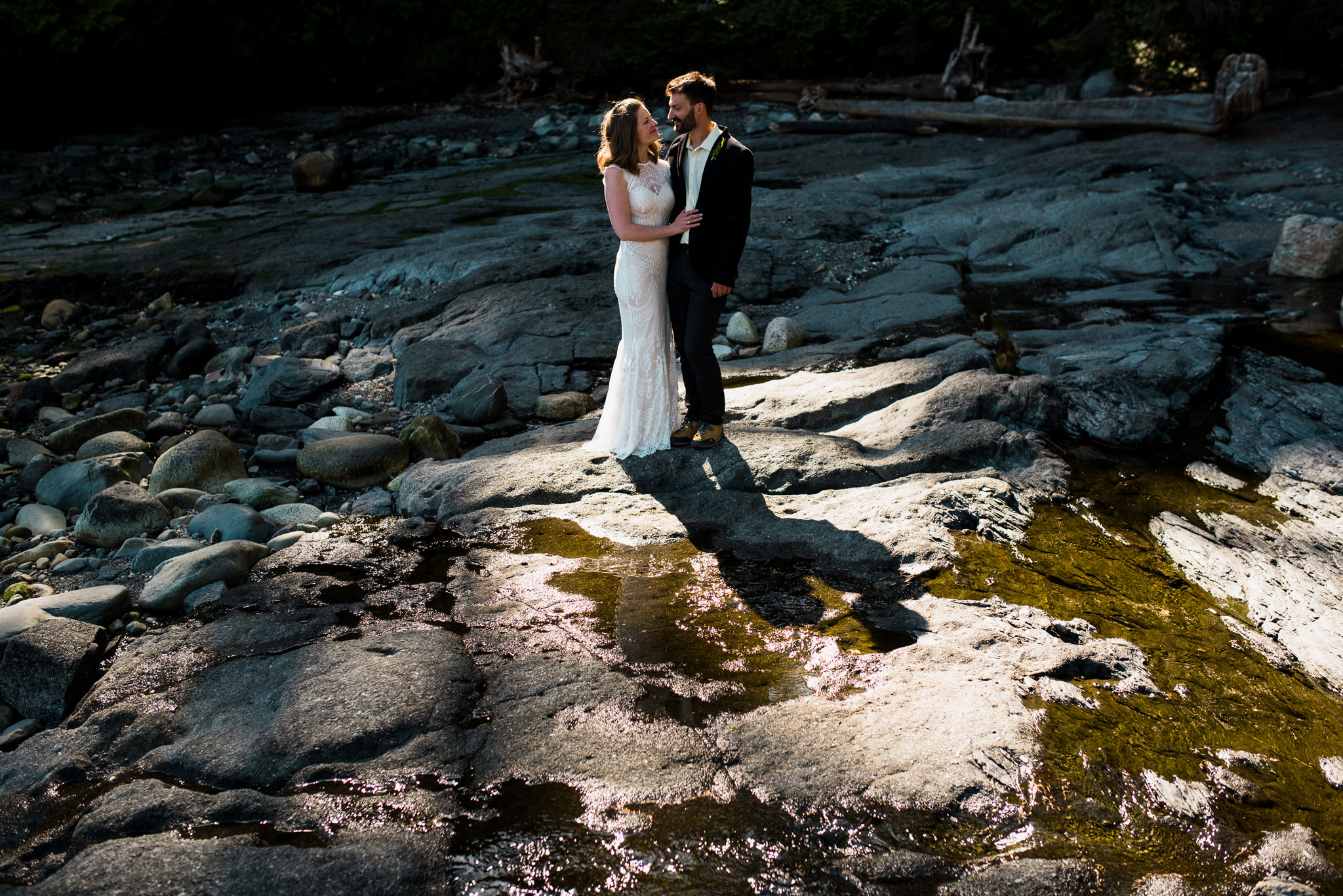victoria-wedding-photographer-botanical-beach-wedding-port-renfrew-42.jpg
