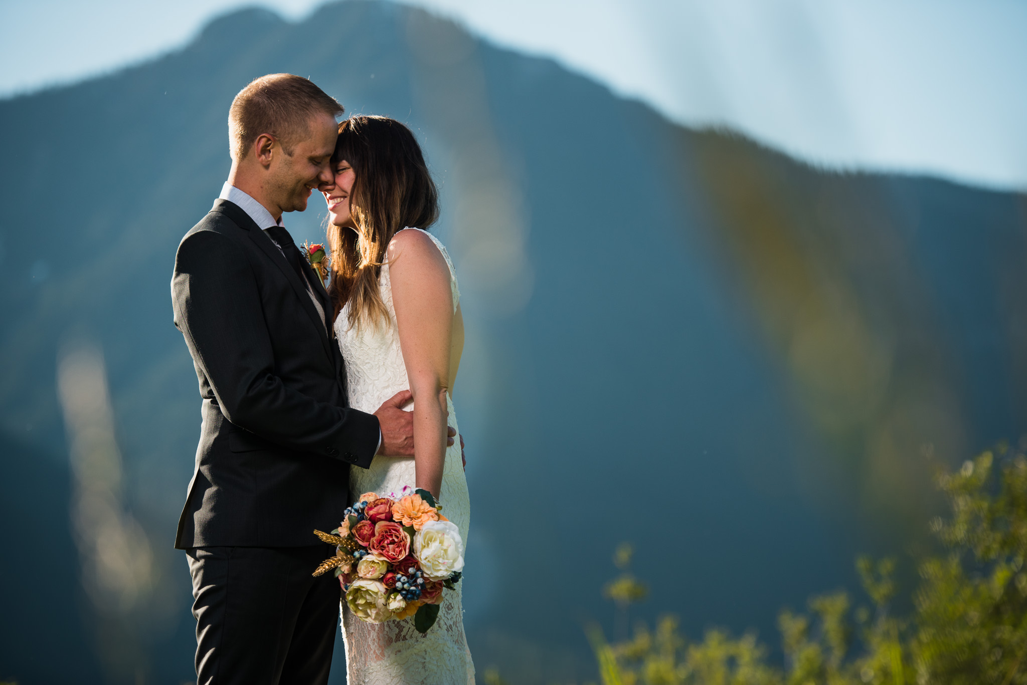 Melanie-Matt-Pitt-Lake-Post-Wedding-Shoot-Victoria-Wedding-Photographers-2.jpg
