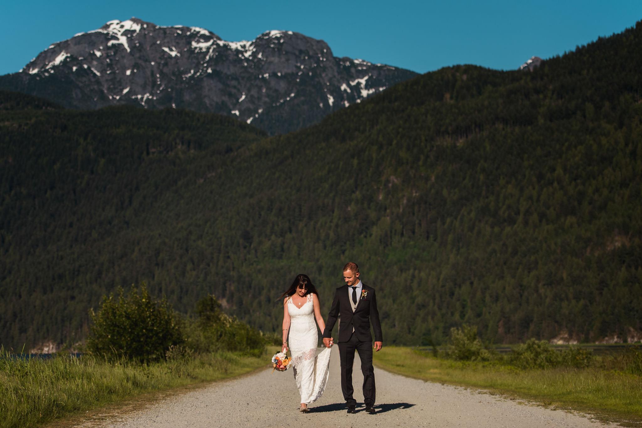 Melanie-Matt-Pitt-Lake-Post-Wedding-Shoot-Victoria-Wedding-Photographers-7.jpg