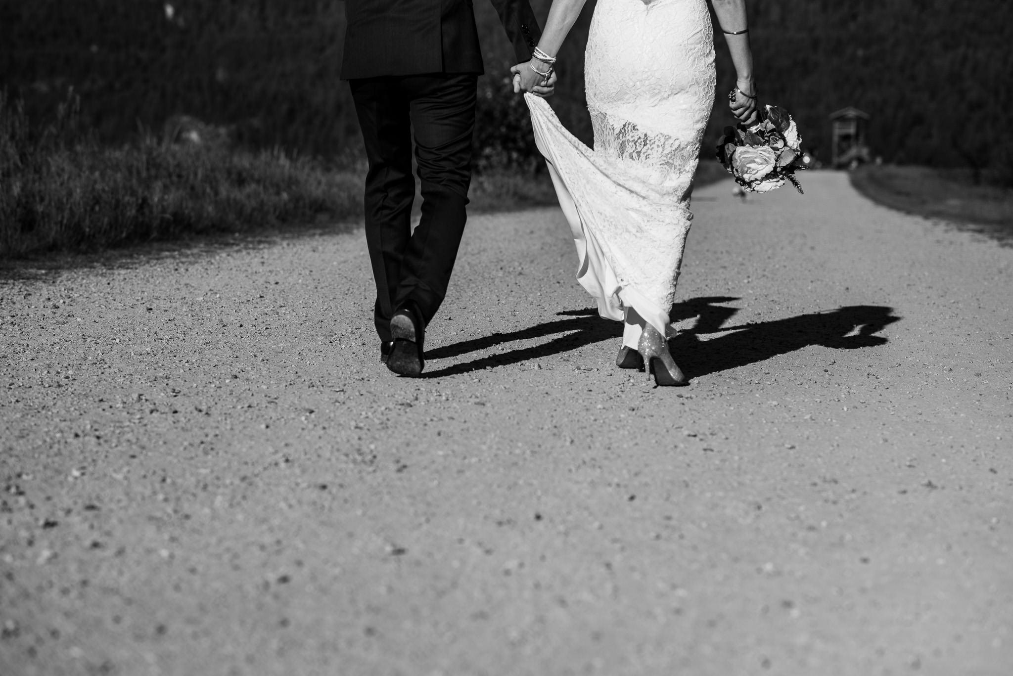 Melanie-Matt-Pitt-Lake-Post-Wedding-Shoot-Victoria-Wedding-Photographers-8.jpg