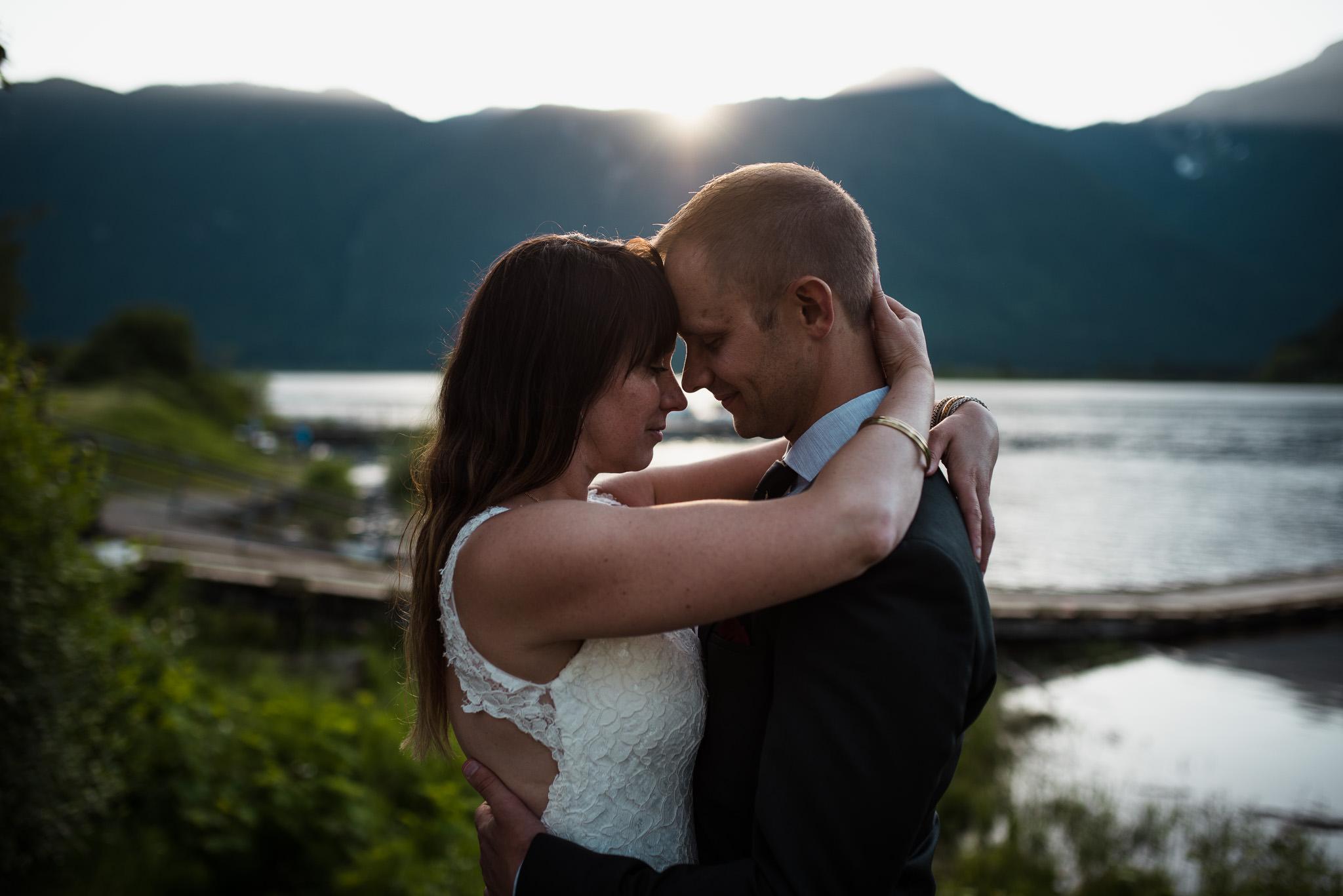 Melanie-Matt-Pitt-Lake-Post-Wedding-Shoot-Victoria-Wedding-Photographers-20.jpg
