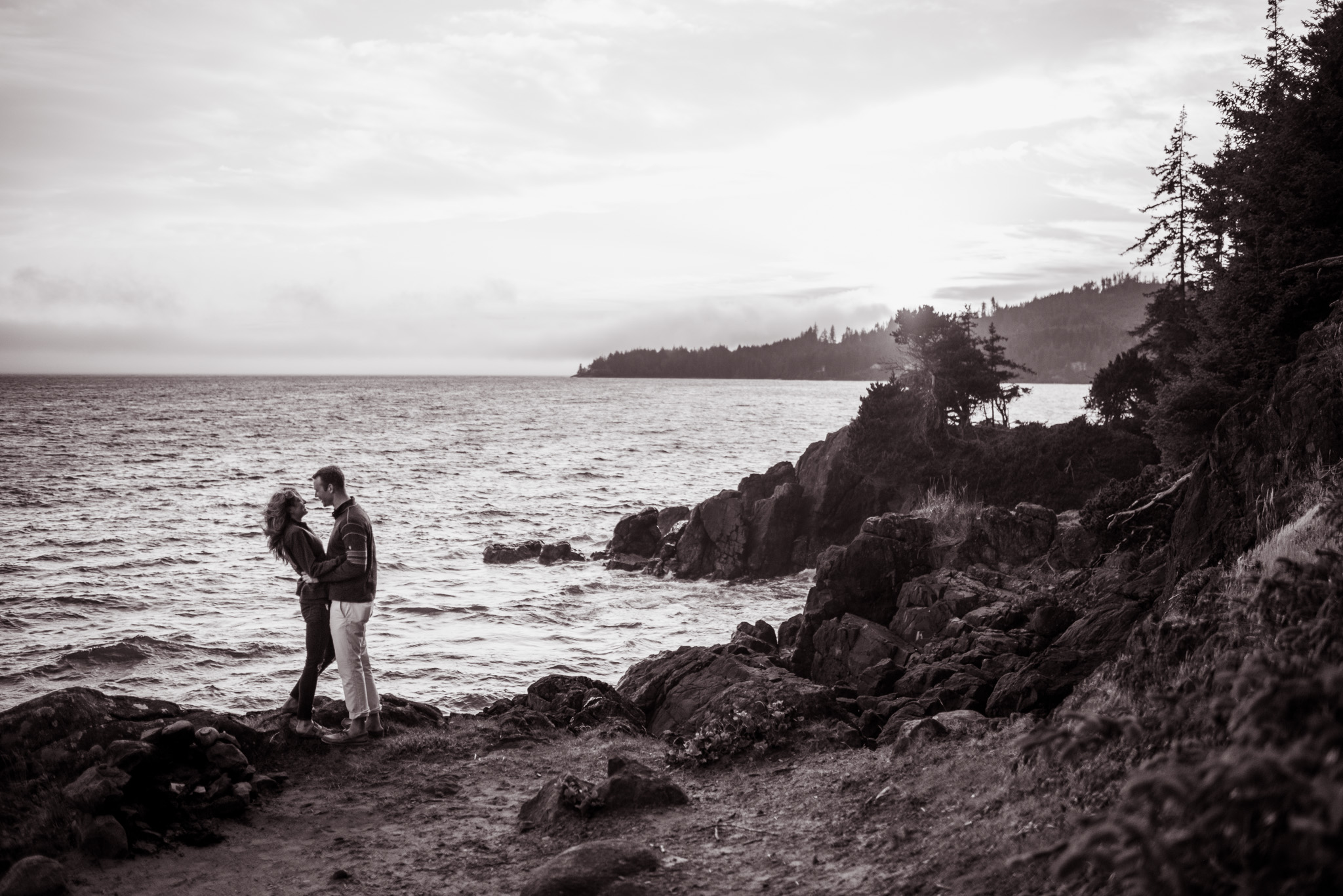 victoria-wedding-photographers-Shirley-beach-proposal-14.jpg