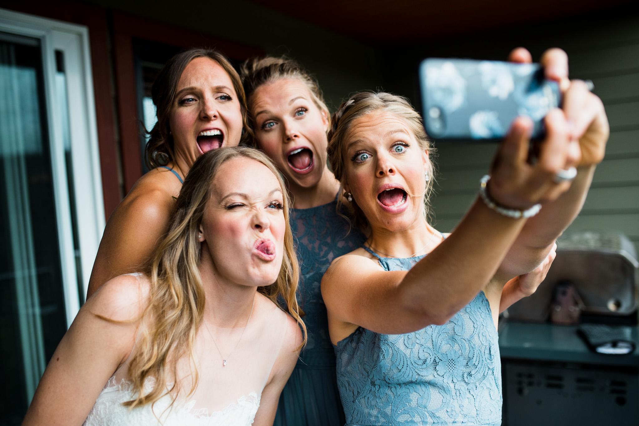 victoria-wedding-photographers-mount-washington-winter-wedding-18.jpg