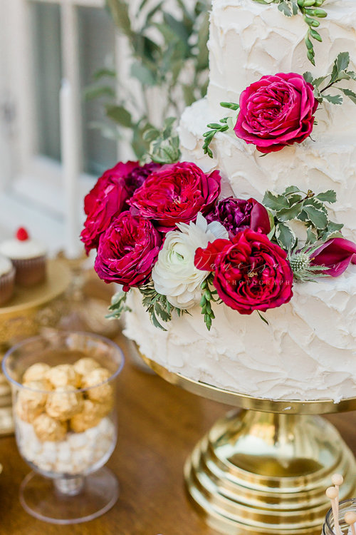 Cranberry+&+Blush++Winter+Wedding-27.jpg