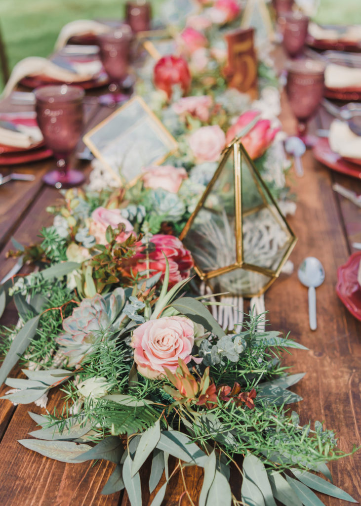 Bohemian_Meets_Rustic_Wedding_Inspiration_MichelleDunhamPhotography-19-731x1024.jpg