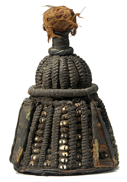 An Ifa Ibori, a symbol of an individual's personhood used to venerate their/his/her Ori (personal diety - destiny and essence) that, unsurprisingly, is for sale at a British auction house.