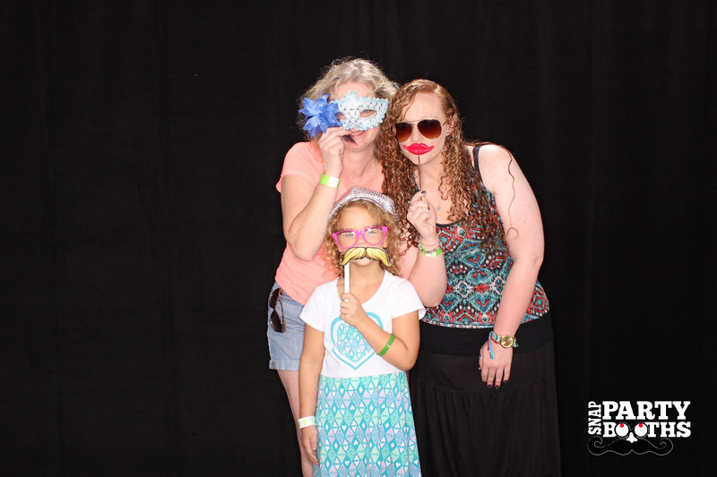 Snap-Party-Booth-99-L.jpg