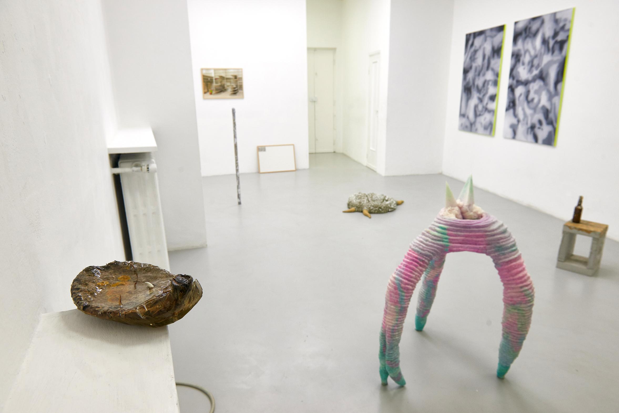 4 Screen Tearing. Exhibition view. Dimora Artica (ph Michele Fanucci).jpg