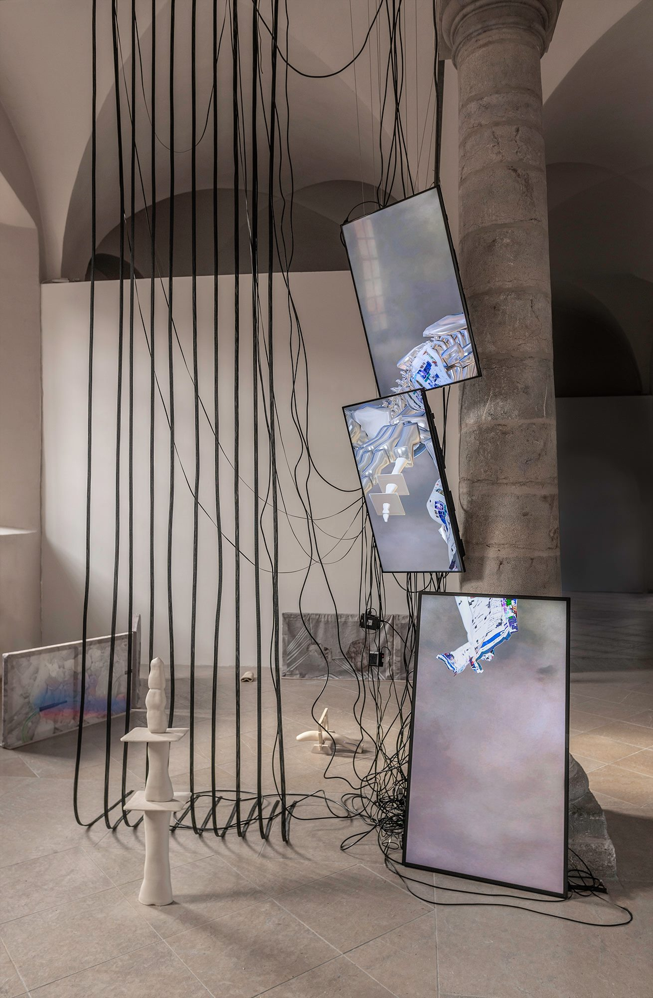 Dominique Sirois & Baron Lanteigne   In Extremis  2019  Installation. Screens, ceramics (sandstone), printed polyester fabrics, cables, ducts and media players