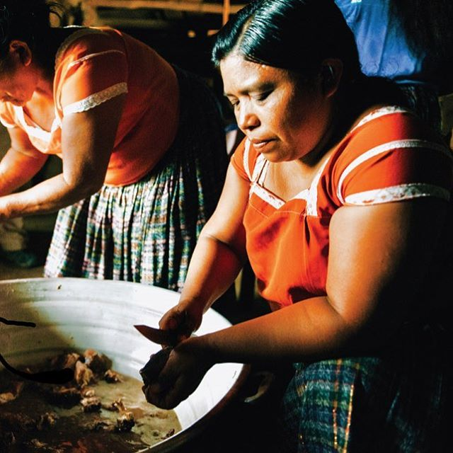 In #Jalacte #Belize, generations of women gather in a Pentecostal pastor's home to cook for their community. This story (and the accompanying arresting photography) was brought to us by @viedfinder. #WhetstoneVolume4 #nowshipping #worldwide.