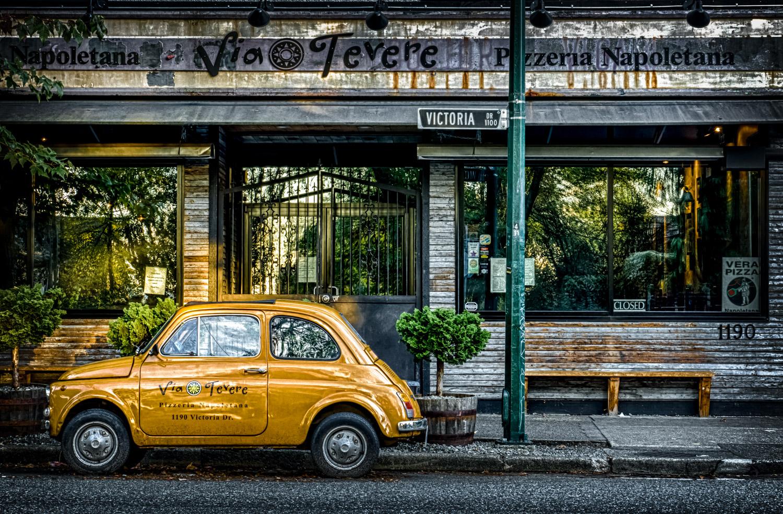 2014-10-06 Vancouver Via Tevere Pizzeria 02b