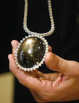Australian Star Sapphire - 773 carat  - offered for sale at US$90 million. Image: smh.com.au