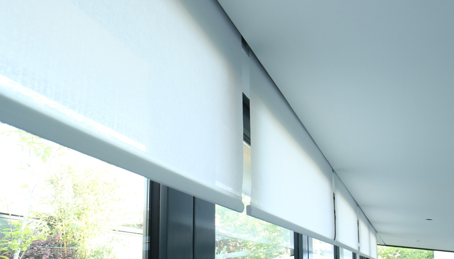 Roller shades recessed in ceiling2.jpg