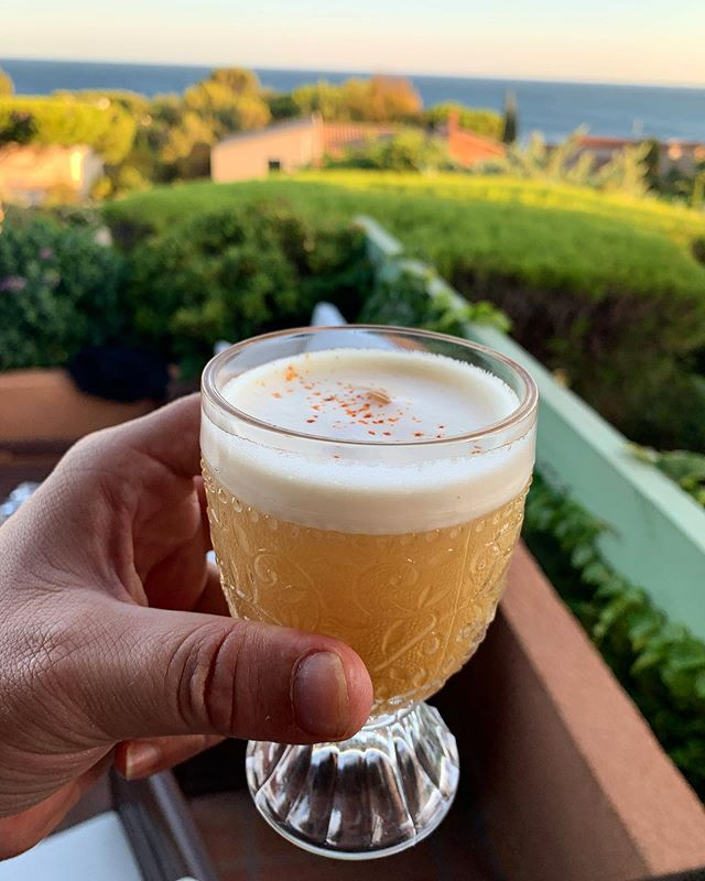 Sunny Punch  Rum pineapple (brown sugar coated pineapple segment roasted with star anis and vanilla, blinded with lemon juice and apple juice, served with Mauritius Rum, blinded with a egg white and topped with Espellette chili)  La Grand Mar 280719