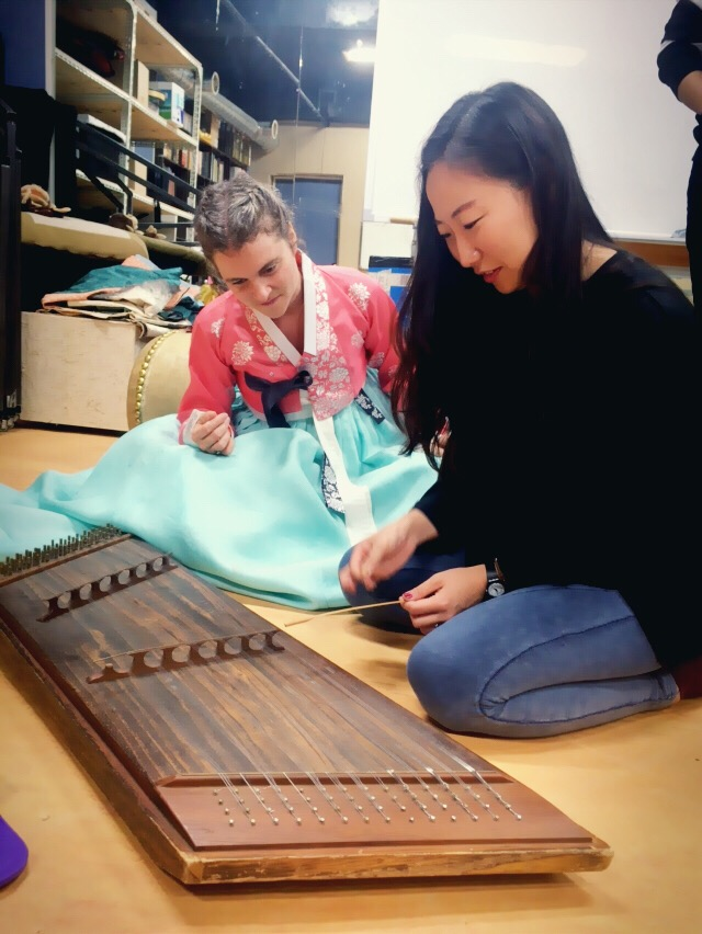Francine (in traditional Han-bok(한복)) with Haeweon, learning the yang-gum(양금)!
