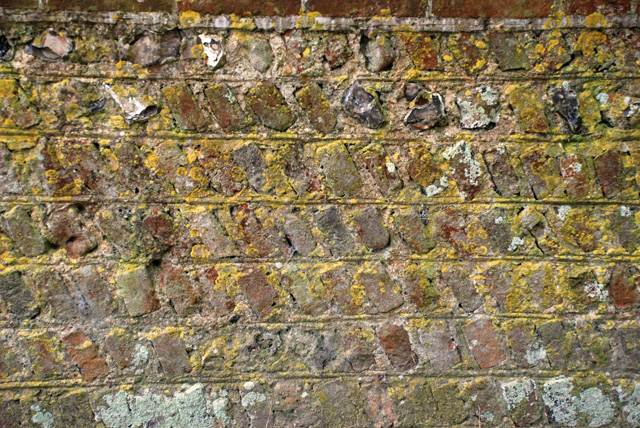 Sussex-Flint-and-brick-wall.jpg